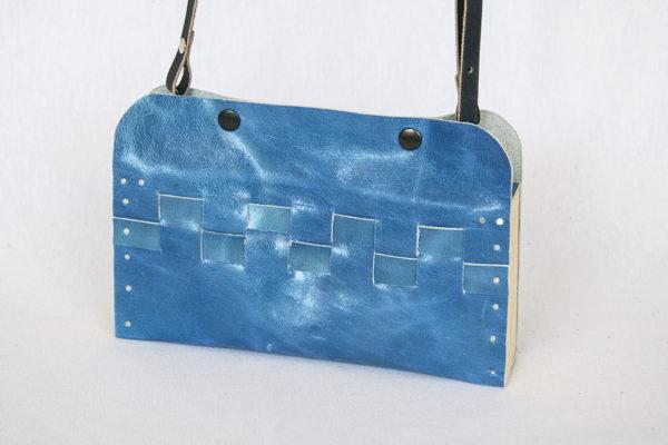 Bolsos de madera Bolso de piel y madera modelo Cembra mini azul