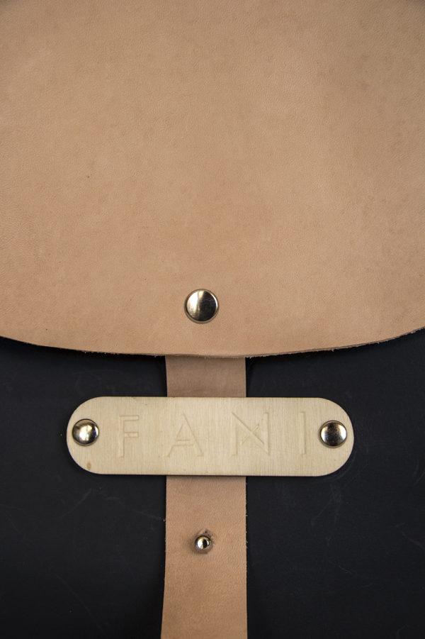 Bolsos de madera Cartera de piel modelo Pinea