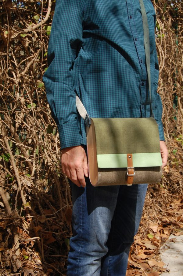 Bolsos de madera Bolso de tela y madera modelo Unisex verde