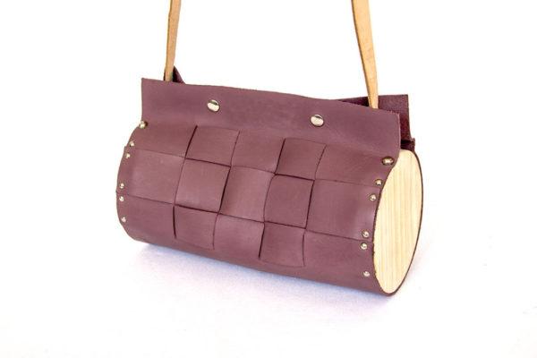 Bolso Redondo violeta Cembra con listones trenzados