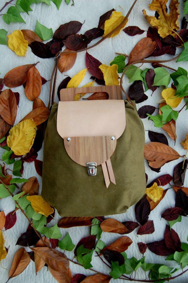 Bolsos de madera Bolso de tela y madera modelo Petate color verde oliva