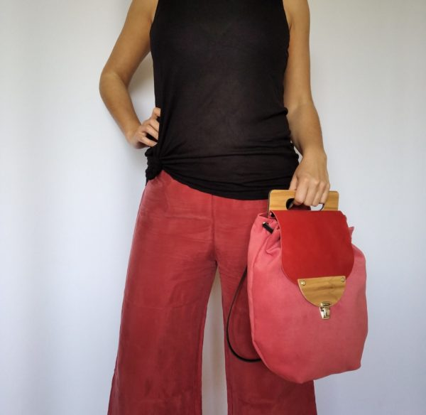 Bolsos de madera Mochila de tela y madera modelo Petate Rojo
